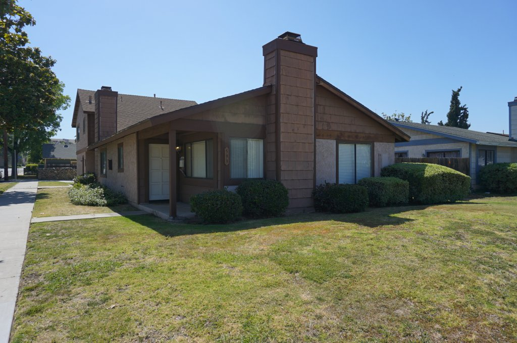 property_image - Duplex for rent in Orange, CA
